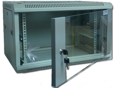 Cambridge server rack 18U 600 x 450 掛牆 Wall Mount