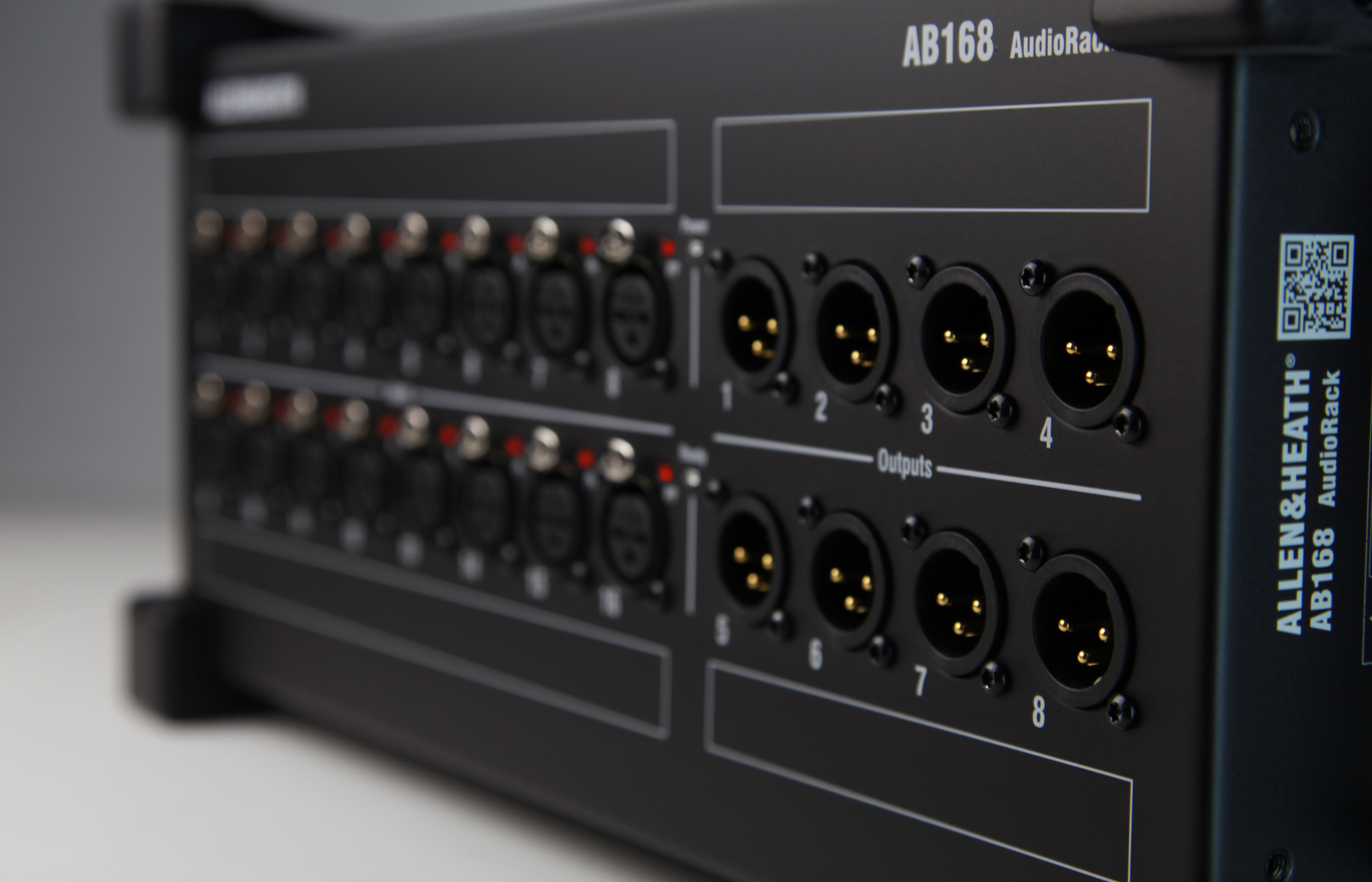 Allen & Heath AB168 (portable audio rack)
