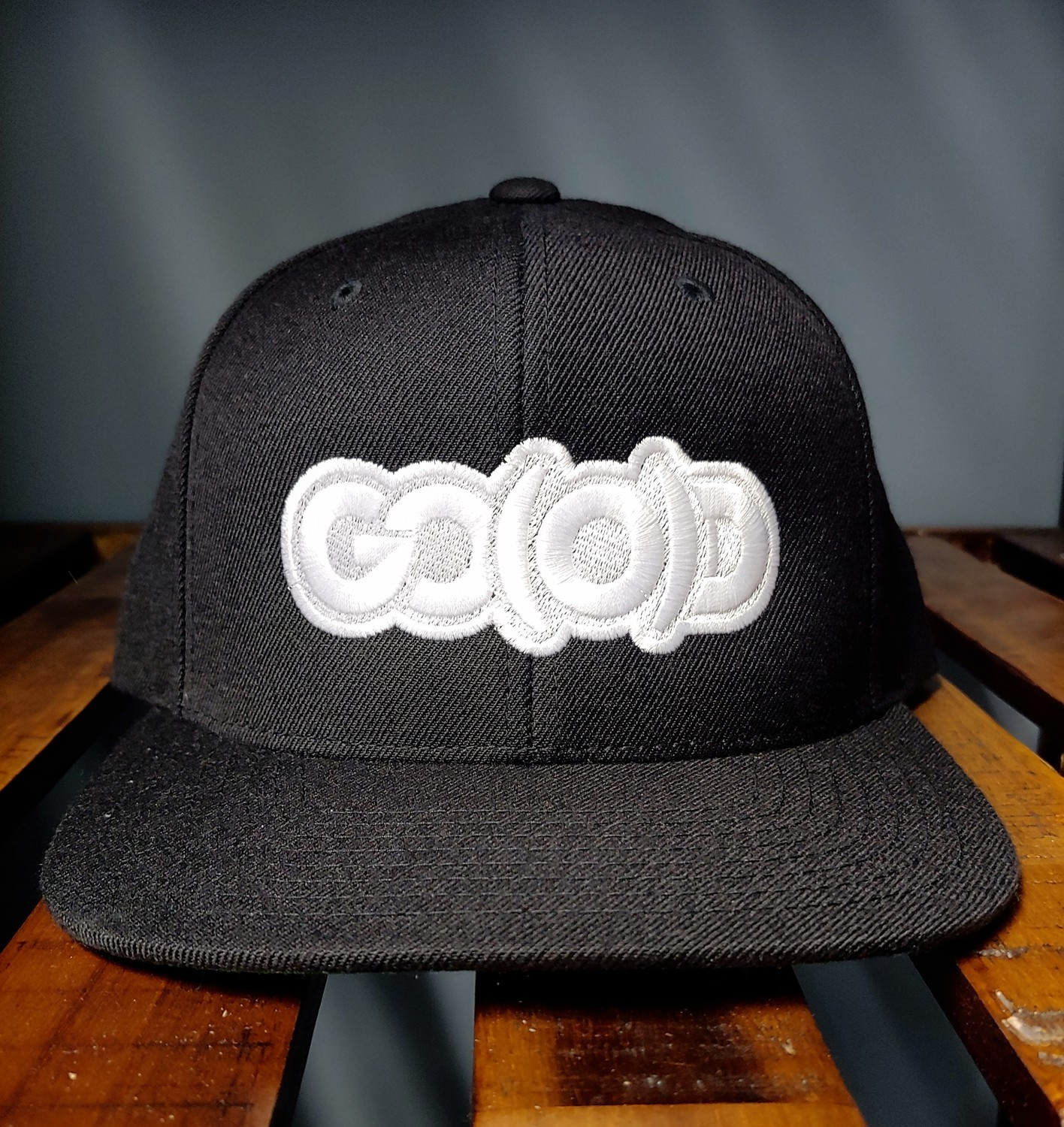 *SOLD OUT* GO(O)D Snapback-black/white