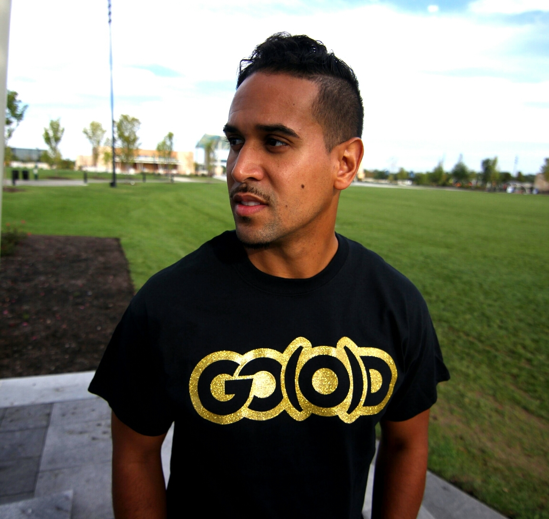 GO(O)D Gold glitter tee-black 00083