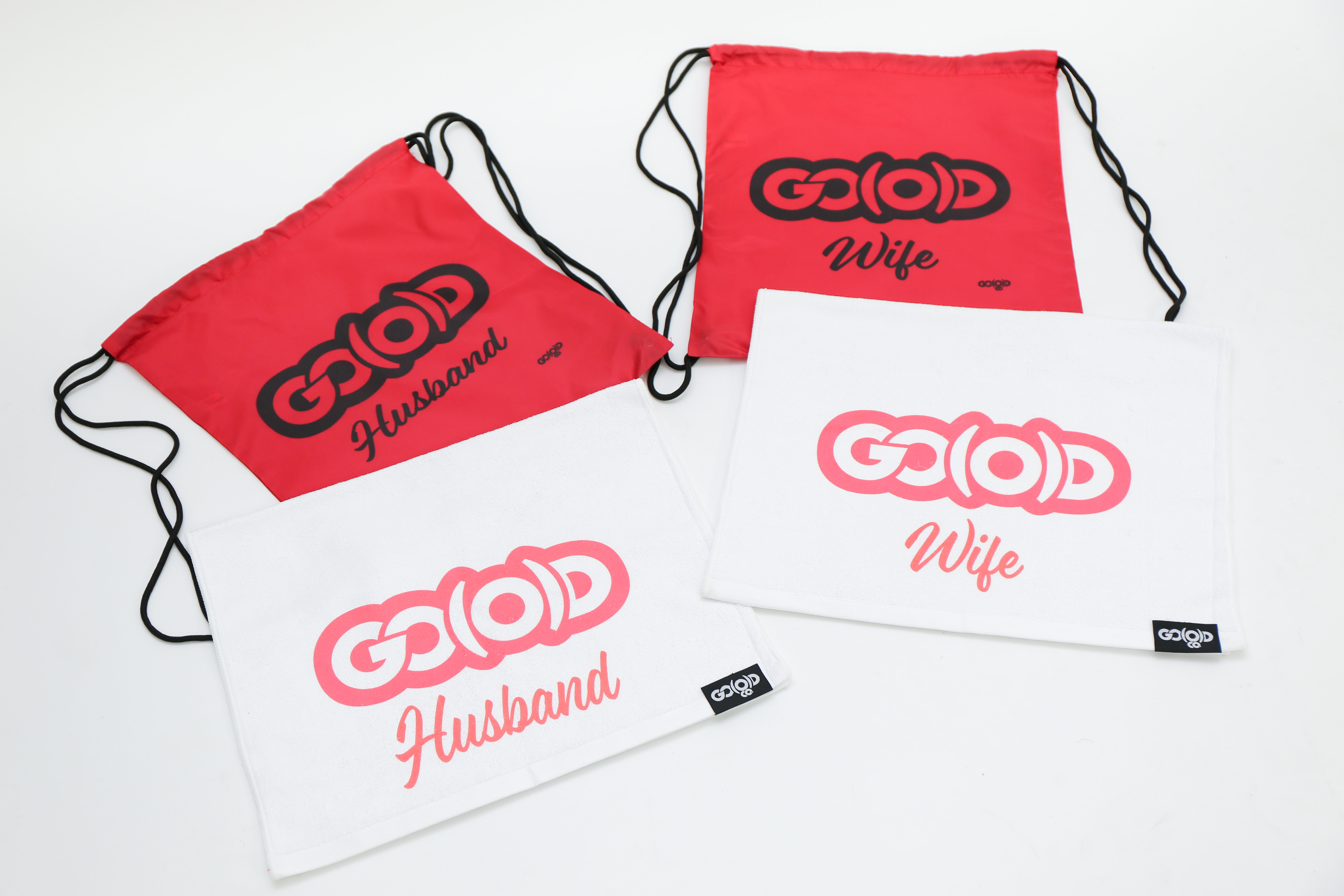GO(O)D Hand towels and clinch bags