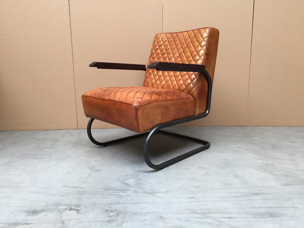 Vintage leren fauteuil cool beautiful percival lafer for Vintage fauteuil leer