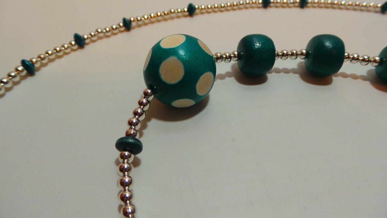 Labour Bead Line 17