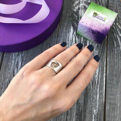 Кольцо с пяточками, серебро 925 пробы