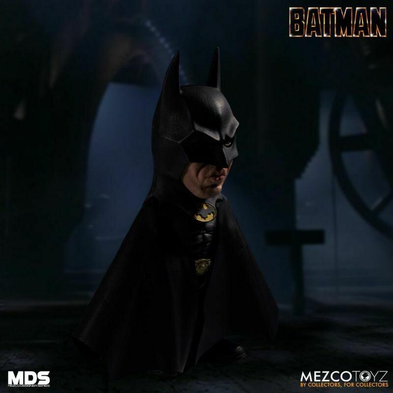 PRE-ORDER MEZCO DESIGNER SERIES Deluxe Batman (1989)