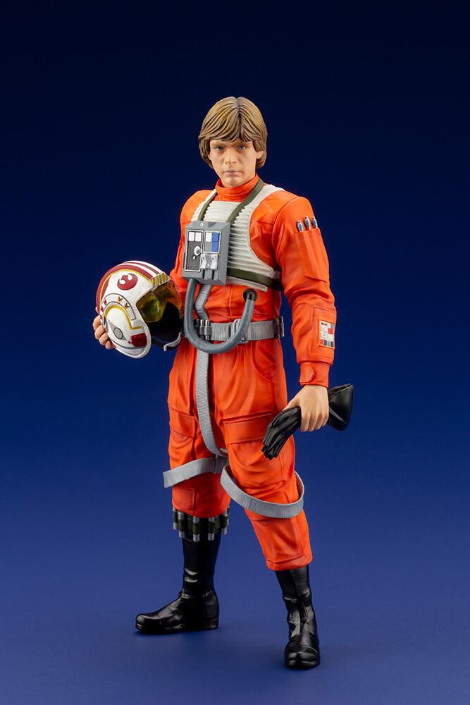 PRE-ORDER Star Wars Luke Skywalker X-Wing PIlot ArtFX+
