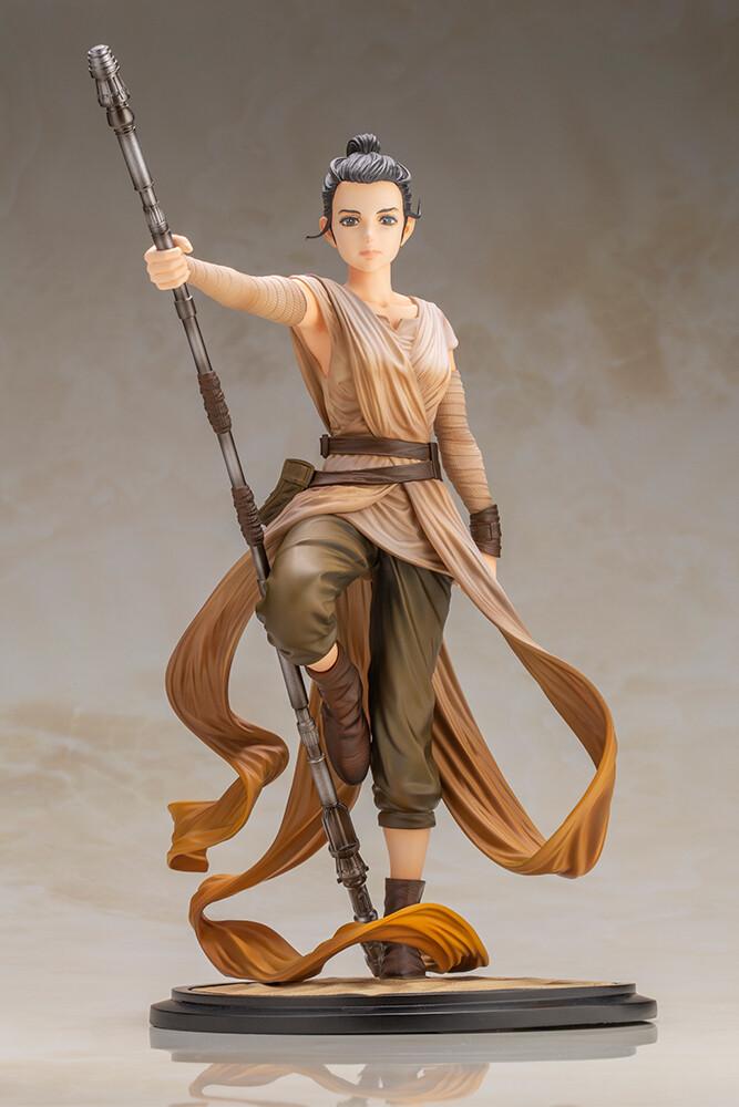 PRE-ORDER STAR WARS Artist Series Rey Descendant of Light ARTFX