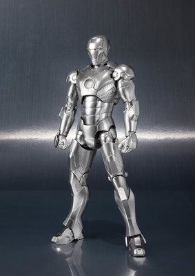 S.H.Figuarts Ironman Mk. 2 with Hall of Armor