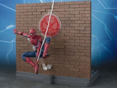 S.H. Figuarts Spider-Man & Tamashii Option Act Wall Set