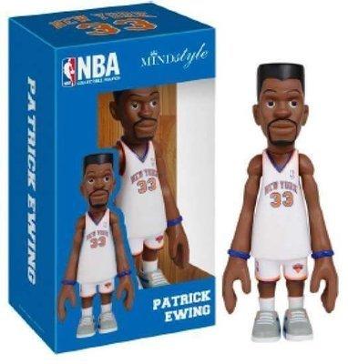 MINDstyle x Coolrain NBA New York Knicks Patrick Ewing Arena Box Figure (White)
