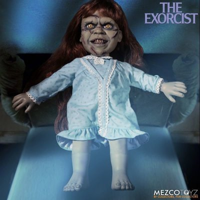 PRE-ORDER The Exorcist Mega Scale Exorcist with Sound Feature