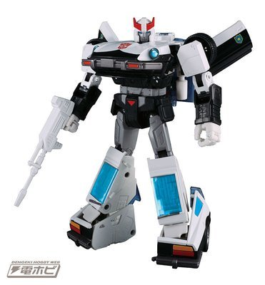 PRE-ORDER Transformers Masterpiece MP-17+ Prowl