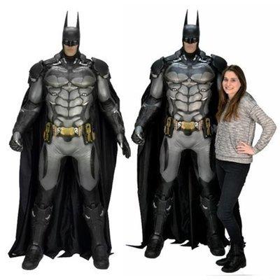 PRE-ORDER Batman : Arkham City - Foam Replica - Life Size Batman