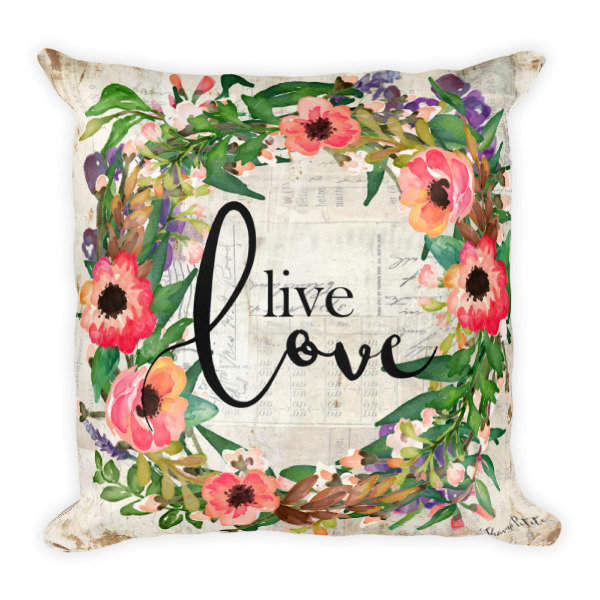 Live love wreath Square Pillow