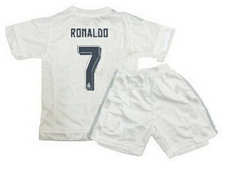 Conjunto Real Madrid Ronaldo talla 4-5 años