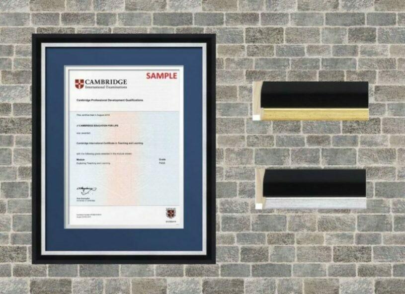 Graduation Frame 3518