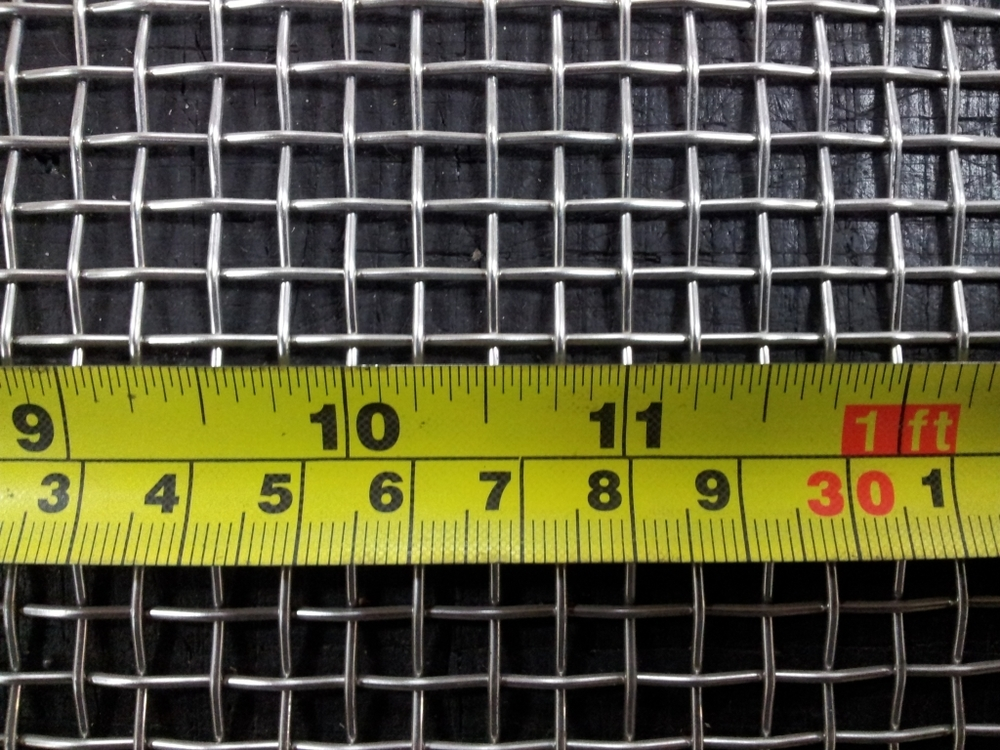 Stainless woven 4 mesh: 5.45mm aperture SS4M20GW1.22L1