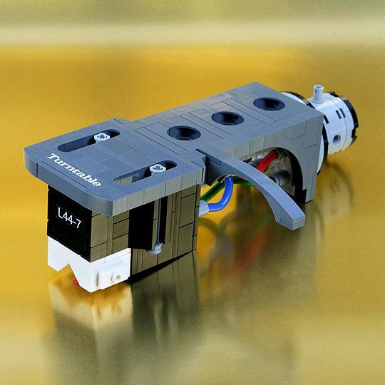 Lego L44-7 Front