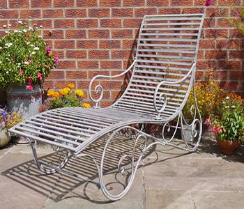Elegant Garden Lounger