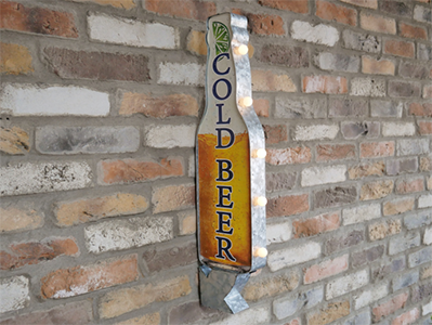 Light Up Cold Beer Sign