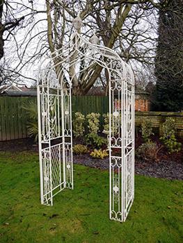 The Beryl Garden Arch