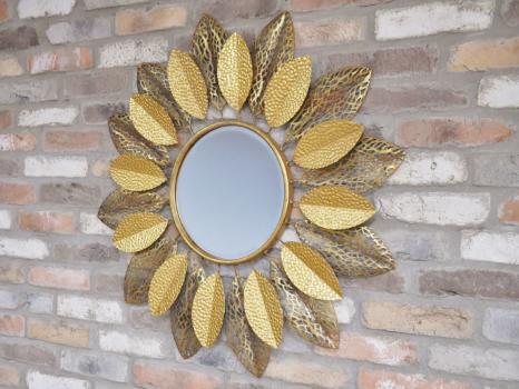The Julius Mirror