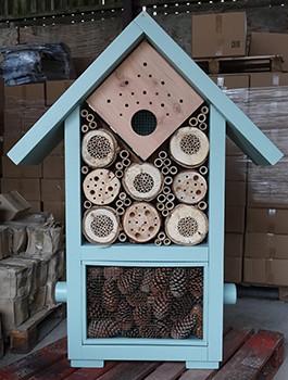 Giant Bee & Bug Biome