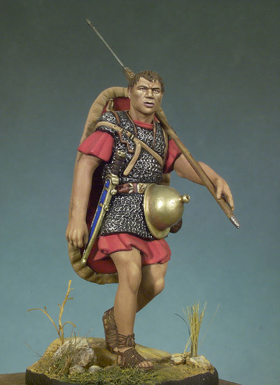 Roman Marching Soldier - 54mm - Andrea Miniatures SG-F29