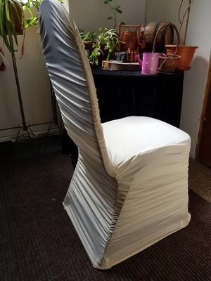 Huse elastice pentru scaune, culoarea crem galbui