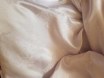Fata masa d=320 cm brocart alb