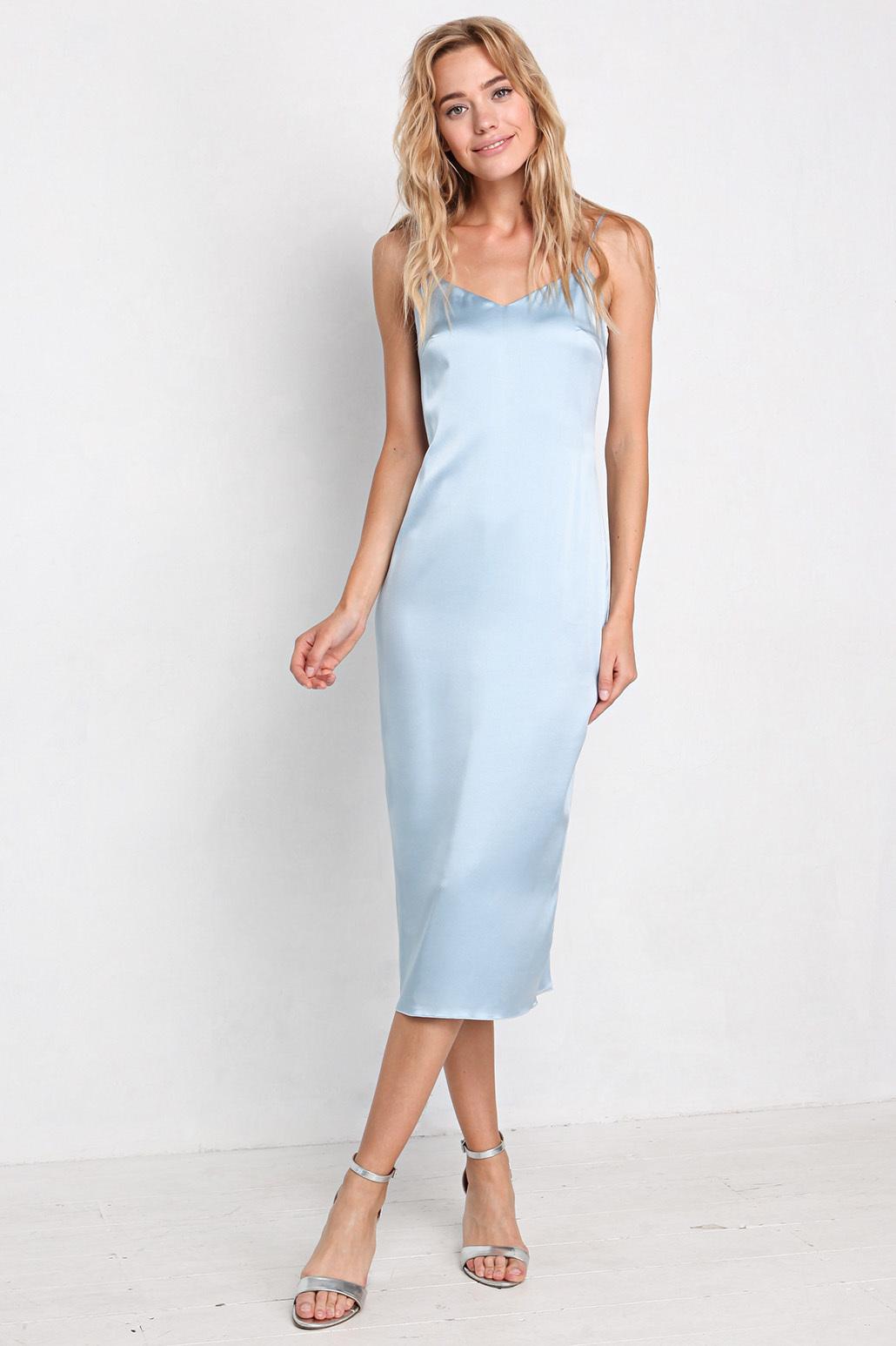 Комбинация цвета в платье
