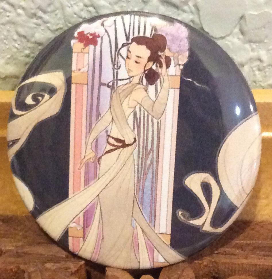 Button: Rey (full art)