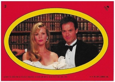 Batman / Vicki Vale + Bruce Wayne - Oval | Topps #3 | Movie Trading Card | Sticker | 1989 | Kim Basinger - Michael Keaton
