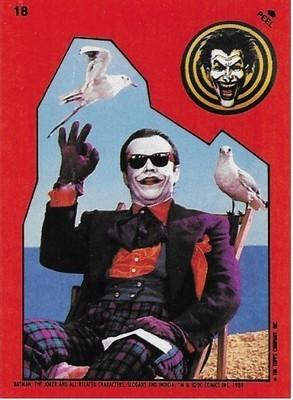 Batman / The Joker - On Beach | Topps #18 | Movie Trading Card | Sticker | 1989 | Jack Nicholson