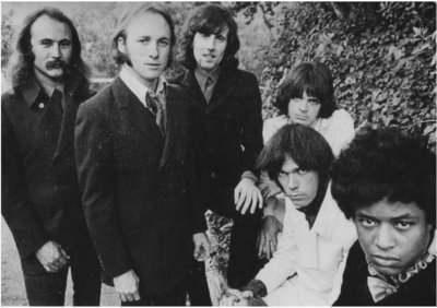 Crosby, Stills, Nash + Young / Group Photo Outdoors (1969)