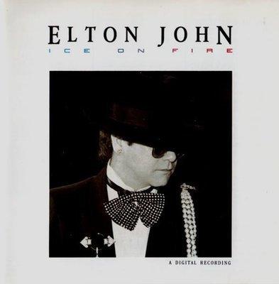 John, Elton / Ice On Fire / Geffen 24077-2   CD Booklet (1985)
