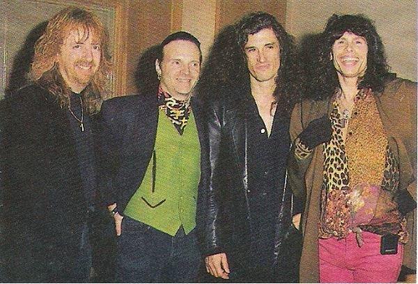Aerosmith / Group Photo (4 Members) | Magazine Photo (1992)