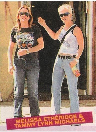 Etheridge, Melissa / Melissa Etheridge + Tammy Lynn Michaels   Magazine Photo with Caption   2002