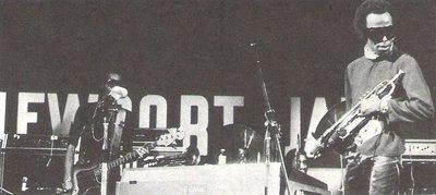 Davis, Miles / On Stage - Newport Jazz Festival - Paris, France | Magazine Photo | 1973