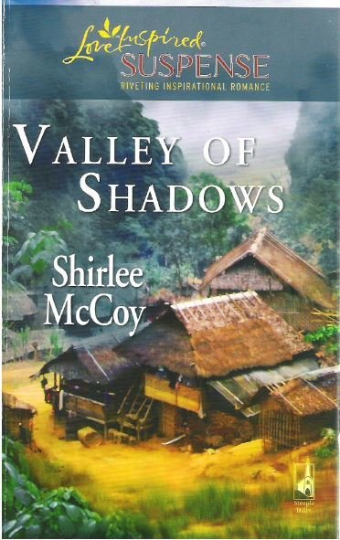 McCoy, Shirlee / Valley of Shadows | Steeple Hill | Book | July 2007