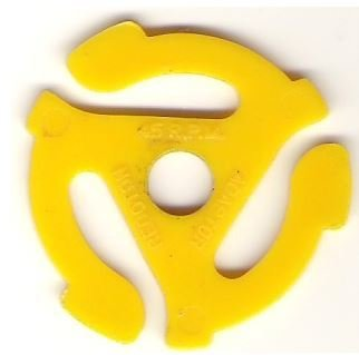 Recoton / Plastic | 45 RPM Adapter | Yellow