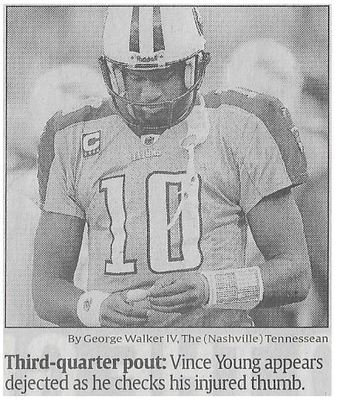 Young, Vince / Third-Quarter Pout | Newspaper Photo | November 2010 | Tennessee Titans