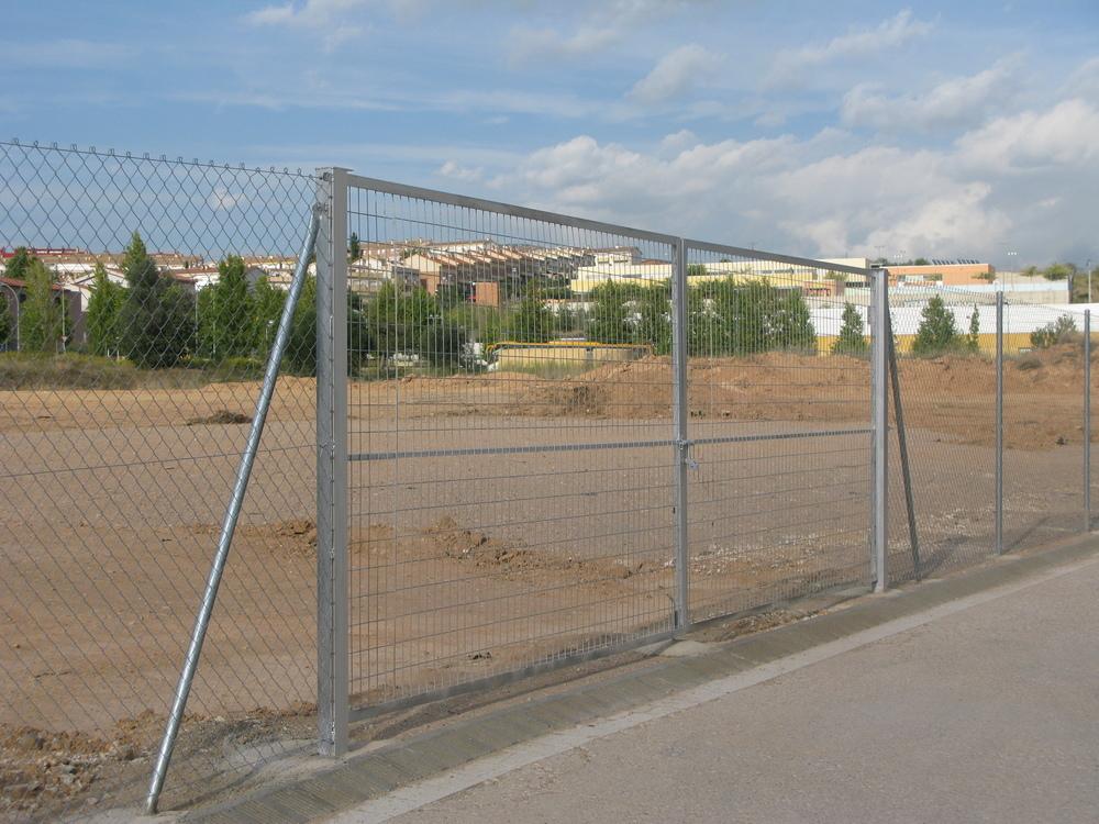 Puerta doble hoja 5 m por 2 m alto!!!!