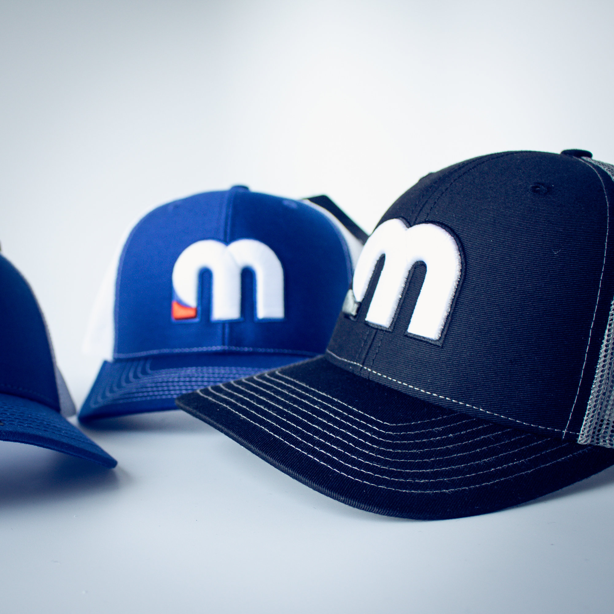 motusBASEBALL™ Adjustable-Fit Trucker Hat HAT-ADJ