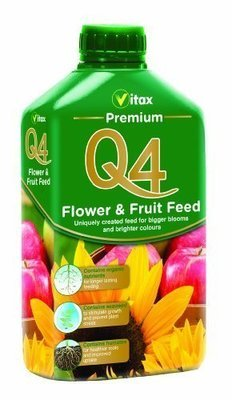 Q4 Premium Flower and Fruit Feed 1L