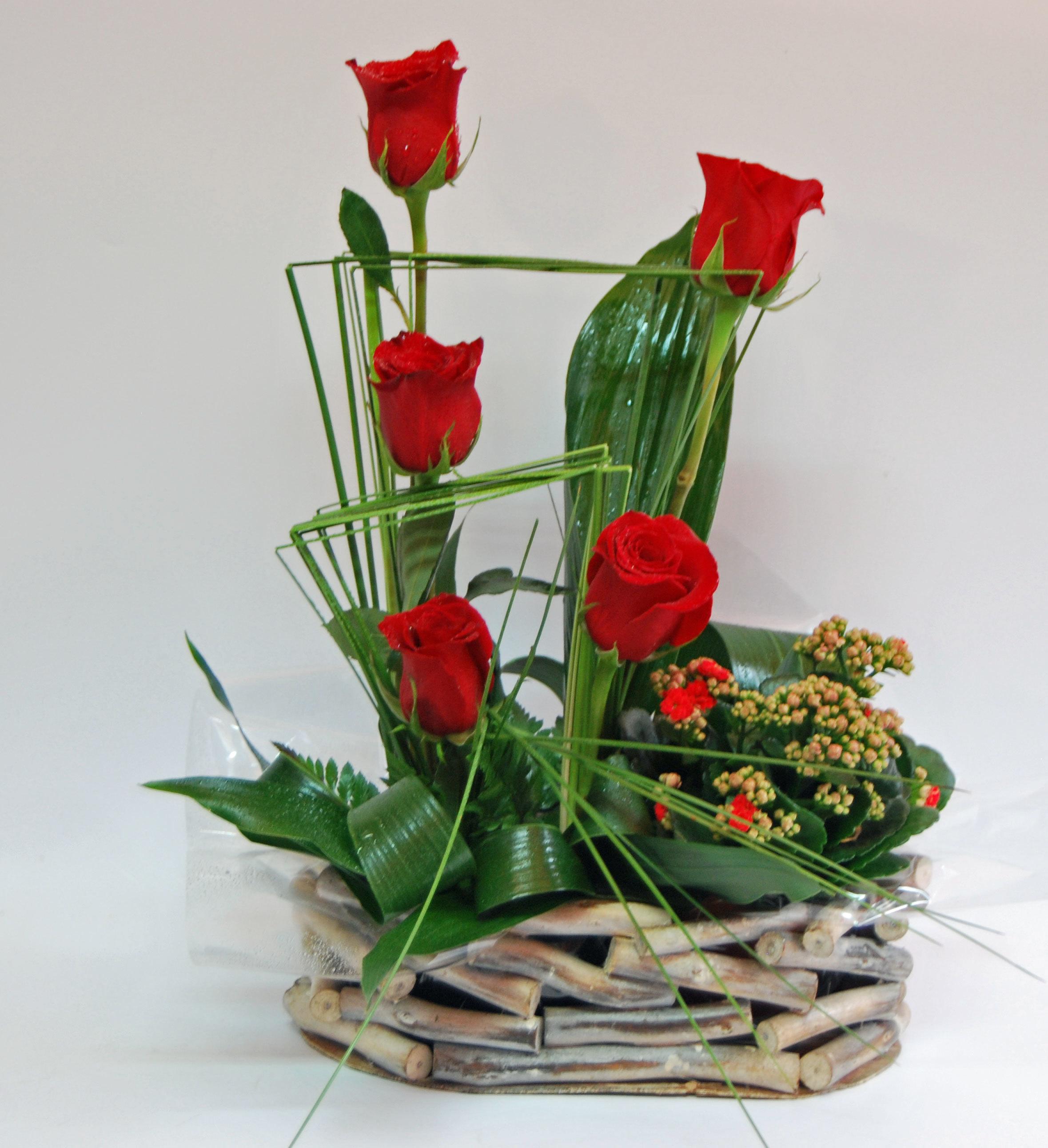 Cesto Rosas com plantas 00047