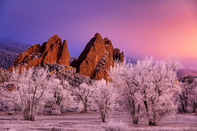 "20"" x 30"" METAL PRINT of Garden of the Gods Winter Night, Colorado"