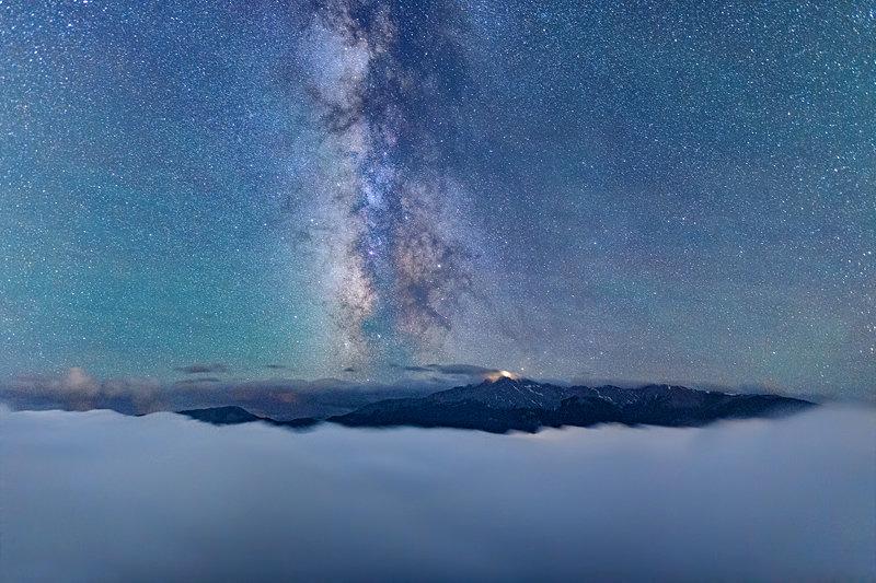 """20"""" x 30"""" METAL PRINT of Pikes Peak Milky Way, Colorado"""