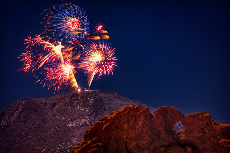 "20"" x 30"" METAL PRINT of Garden of the Gods and Pikes Peak Fireworks, Colorado"