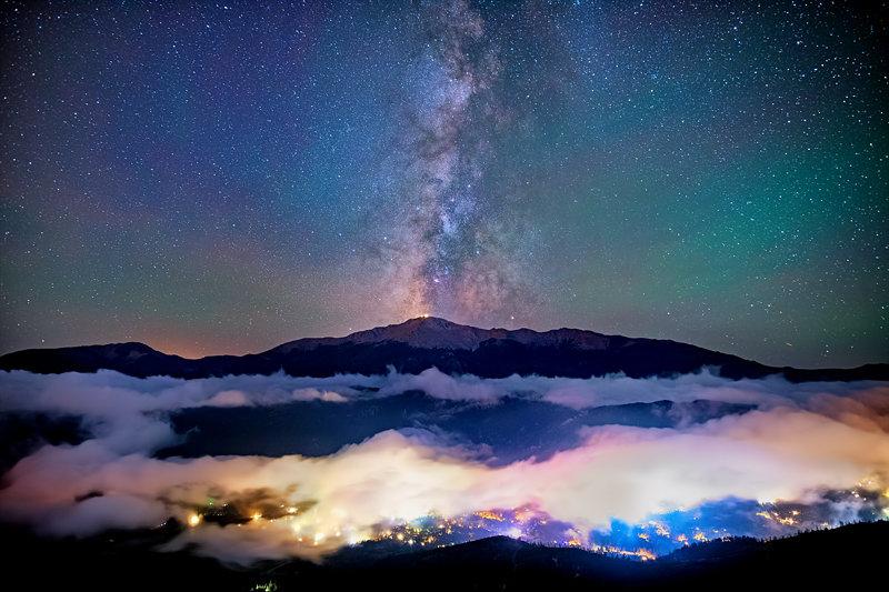 """12"""" x 18"""" METAL PRINT of Pikes Peak Milky Way, Colorado"""